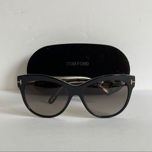 TOM FORD SUNGLASSES TF430 LILY 05D POLARIZED